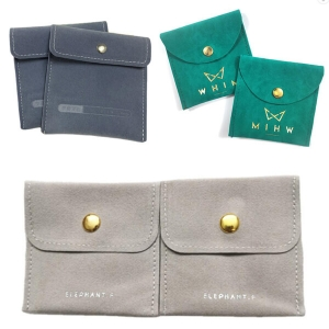 Flap pouch with snap